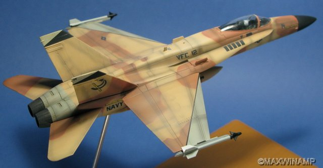 """1/72 Hasegawa F-18A """"Fighting Omars"""""""