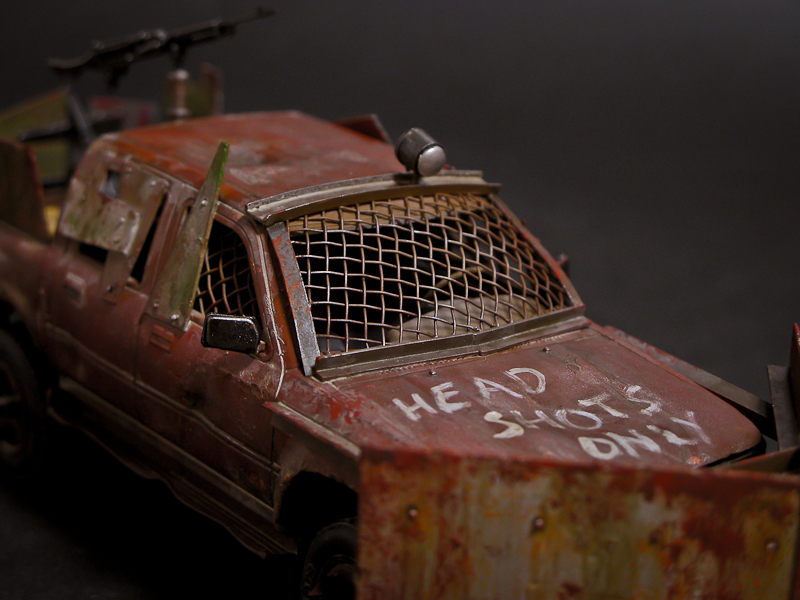 Meng Model : Pickup Truck (Zombie 4WD)
