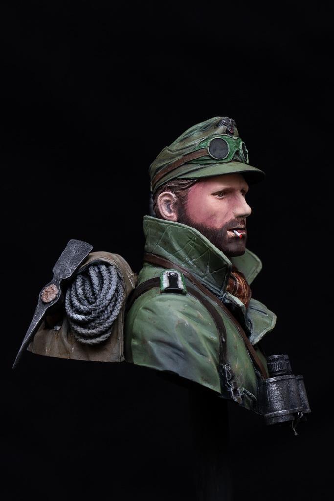 Gebirgsjager-02