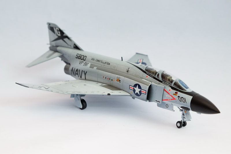 "ACADEMY 1/72 USN F-4J ""SHOWTIME 100"""