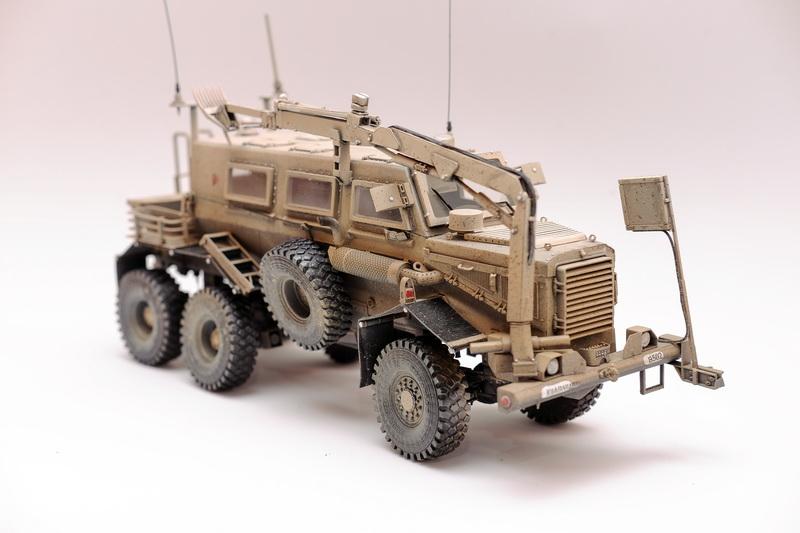 1/35 Bronco Buffalo MPCV